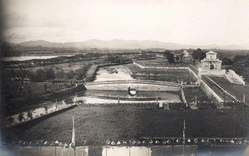 Cảnh toàn thành phố Huế khi xưa