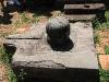 Sinh thực khí nữ (Yoni) và nam (Linga) tại Mỹ Sơn.