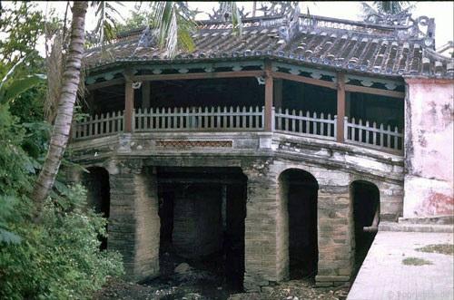 Cầu Nhật Bản thập niên 90.
