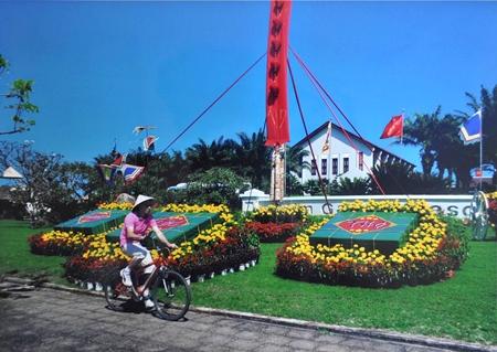 """tác phẩm """"Du xuân"""" của Trương Văn Thế"""